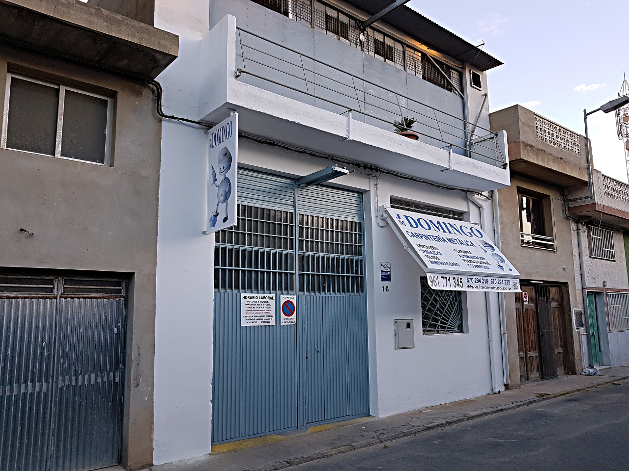 fachada la plana 1