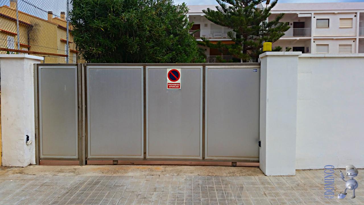 Puerta corredera exterior blanco pasillo con puertas - Puerta corredera exterior ...