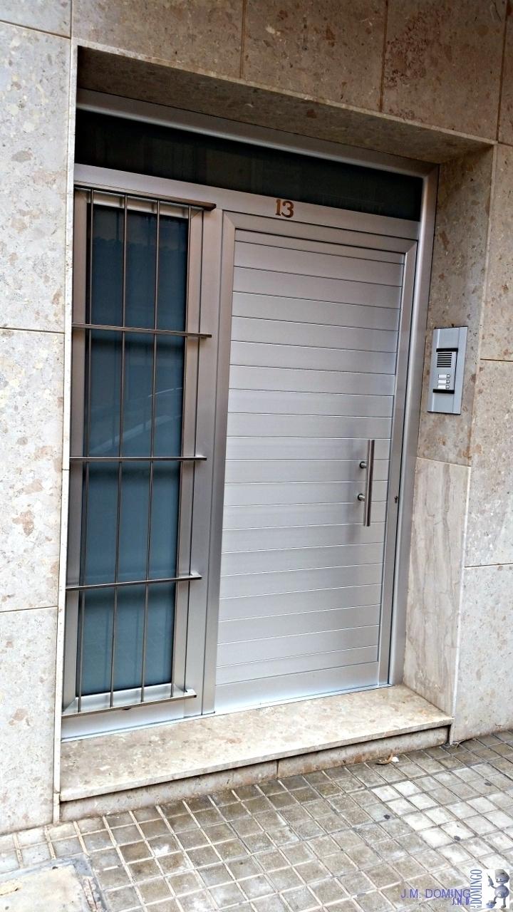 Puertas aluminio j m domingo for Aluminio para puertas
