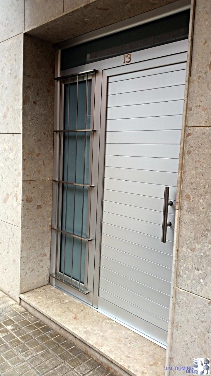 Puertas aluminio j m domingo - Perfil aluminio anodizado ...