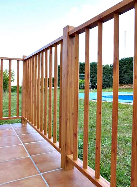 barandilla-jardin simil madera
